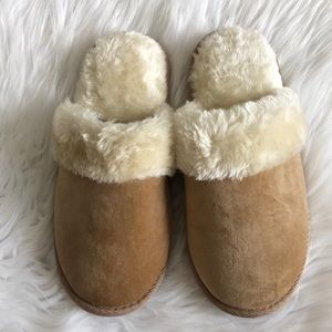 NWOT Charter Club Faux Fur Slippers